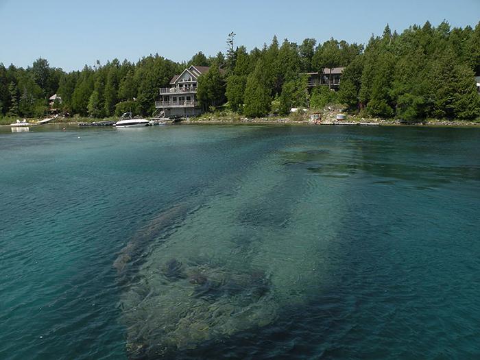 a shipwreck in Fathom Five National Marine Park